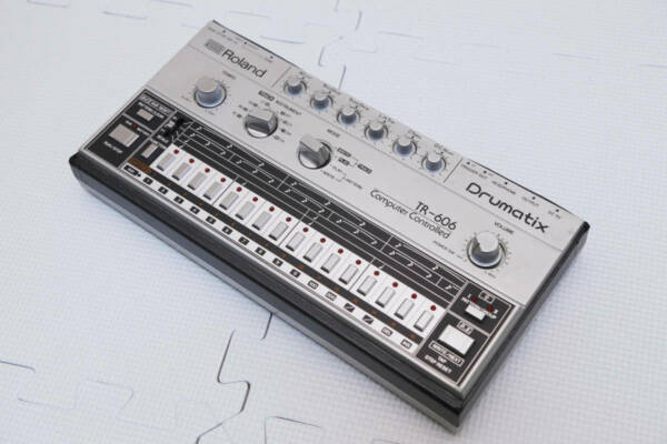 roland tr 606 drumatix computer controlled vintage drum machine e4736 for sale online ebay. Black Bedroom Furniture Sets. Home Design Ideas