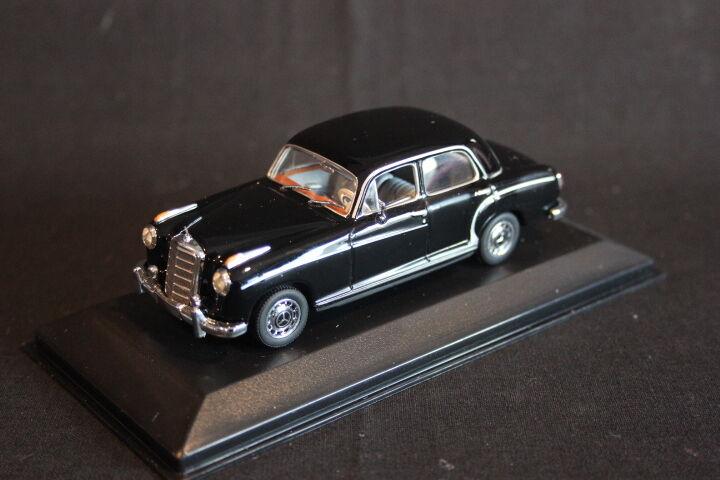 Minichamps Mercedes-Benz 220 Saloon 1956 - 1959 1 43 nero (JS)