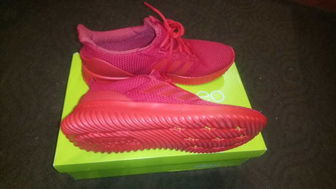 BNWNT + ORIG. RECEIPT  Adidas Mens Cloudfoam Ultimate rosso