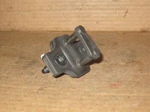 2003-2006 Tahoe Yukon Door Lock Striker Pin Plate /& Screws fits Front or Rear