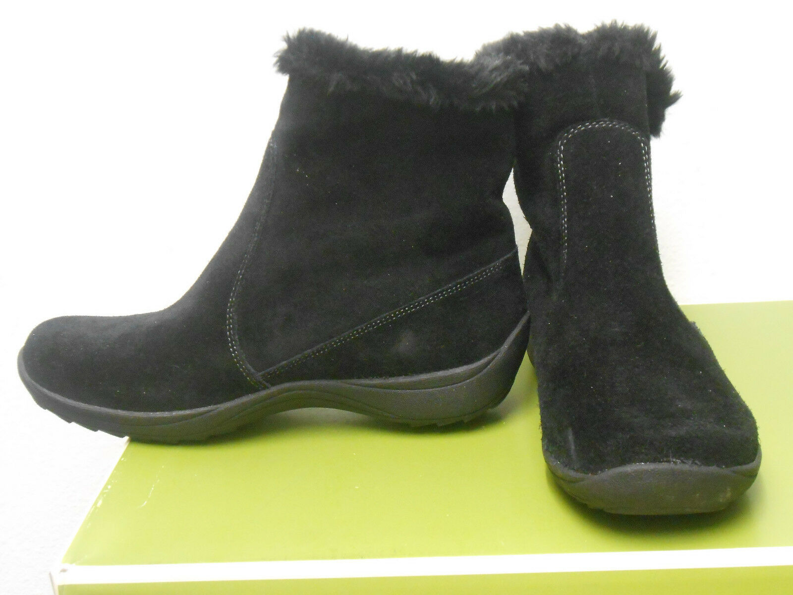 NATURALIZER (VIDEENA BLACK SUEDE BOOT ) WOMENS SIZE 6 BRAND NEW