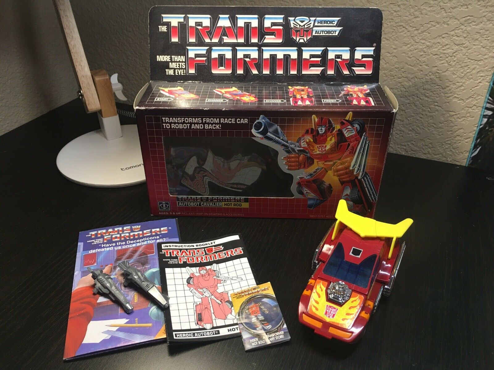 VINTAGE TRANSFORMERS G1 Hot Rod 1986 METAL METAL METAL FEET VARIANT WITH BOX COMPLETE 22ca0b