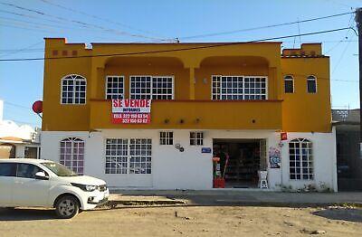 CASA DE 2 NIVELES  VENTA EN TEPIC NAY CON LOCALES COMERCIALES Y  CERCA DEL PLAZA FORUM  3221506354