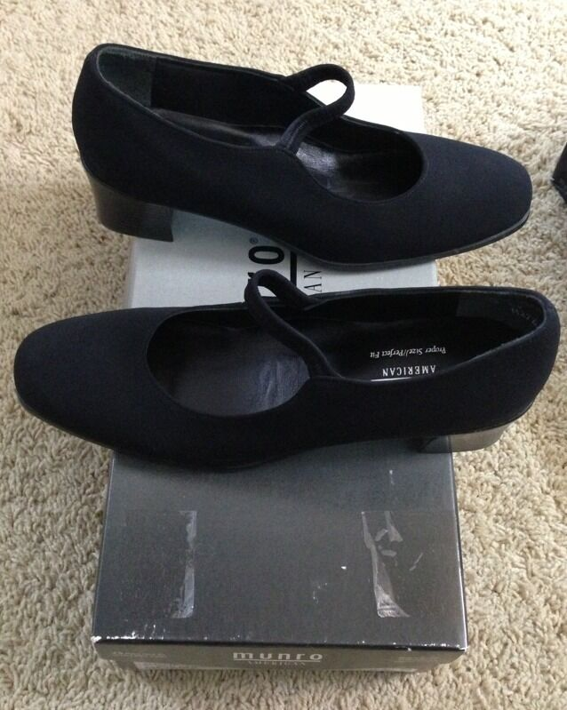 Munro American Amelia Womens Shoes- Brand New In Box Black Size 7ss