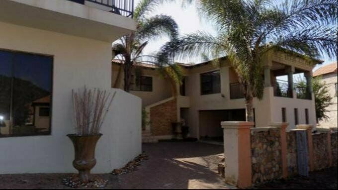 6 Bedroom With 5 Bathroom House For Sale In Rustenburg North