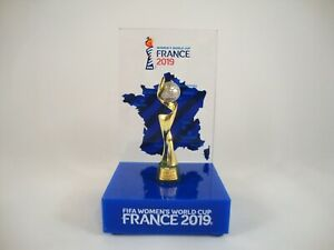 CréAtif Fifa Women's World-cup 2019 France Tm Wm Coupe 45 Mm + Socle Hôte Trophy-afficher Le Titre D'origine