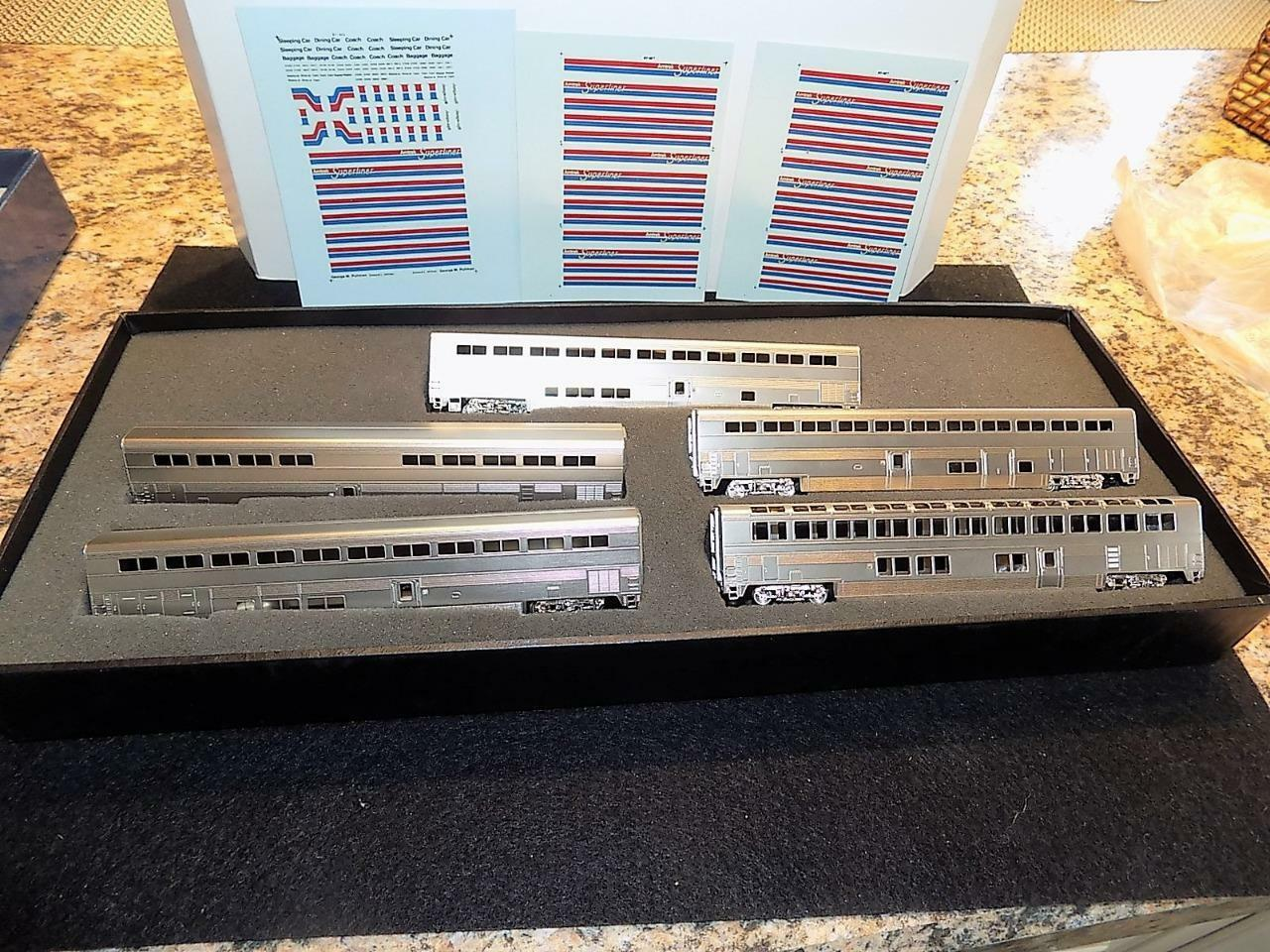 N SCALE BRASS AMTRAK SUPERLINERS 5-CAR SET. UNFINISHED W/ DECALS IN BOX. NEW.