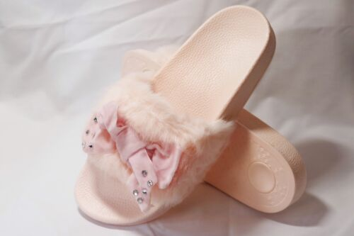 NEW LADIES BABY PINK SOFT SUMMERY FUR SLIP ON SLIDERS WITH VELVET DIAMANTE BOW