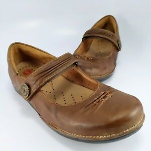 Clarks-Unstructured-Un-Cedar-Mary-Janes-Womens-Size-7W-Brown-Leather-Moccasins