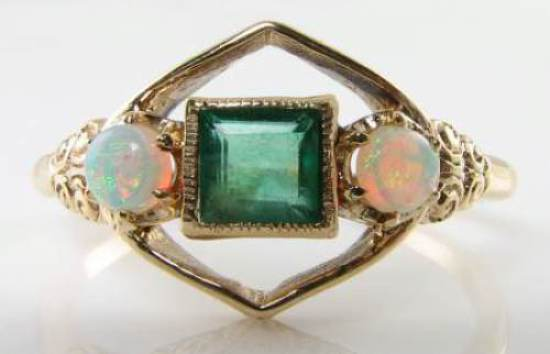 UNUSUAL 9K 9CT gold EMERALD & AUS OPAL ART DECO INS   RING 99