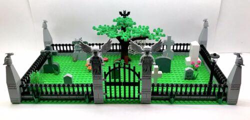 Large Graveyard Custom Cemetery Set Tombstone Halloween Zombie Blocks