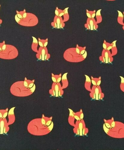100/% cotton fabric sold//PER METRE// BUSHY TAILS /& CURIOUS FOX,WOODLAND ANIMALS