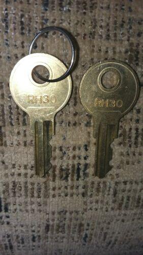 RH30 2-Keys Weather Guard HUSKY DELTA Tool Box Weatherguard Key OEM ORIGINAL