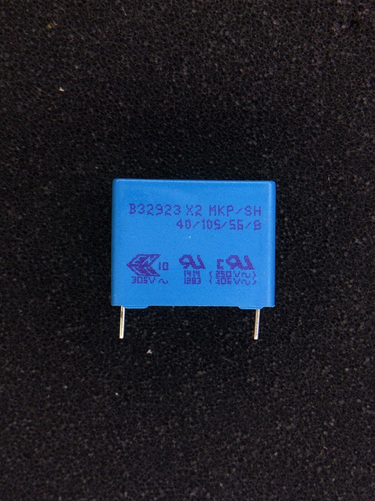 B32924C3105M EPCOS 5 Condensateur,Classe X2,1UF,305VAC,Emballé Prix Pour