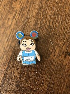 Beauty-And-The-Beast-Vinylmation-Pin-Belle-Disney