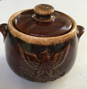 Vintage-HULL-OVENPROOF-POTTERY-Brown-Drip-With-Bicentennial-Eagle-Design