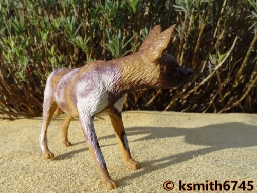 AAA ELC DHOLE Solid plastic toy WILD ZOO animal African wild dog NEW *