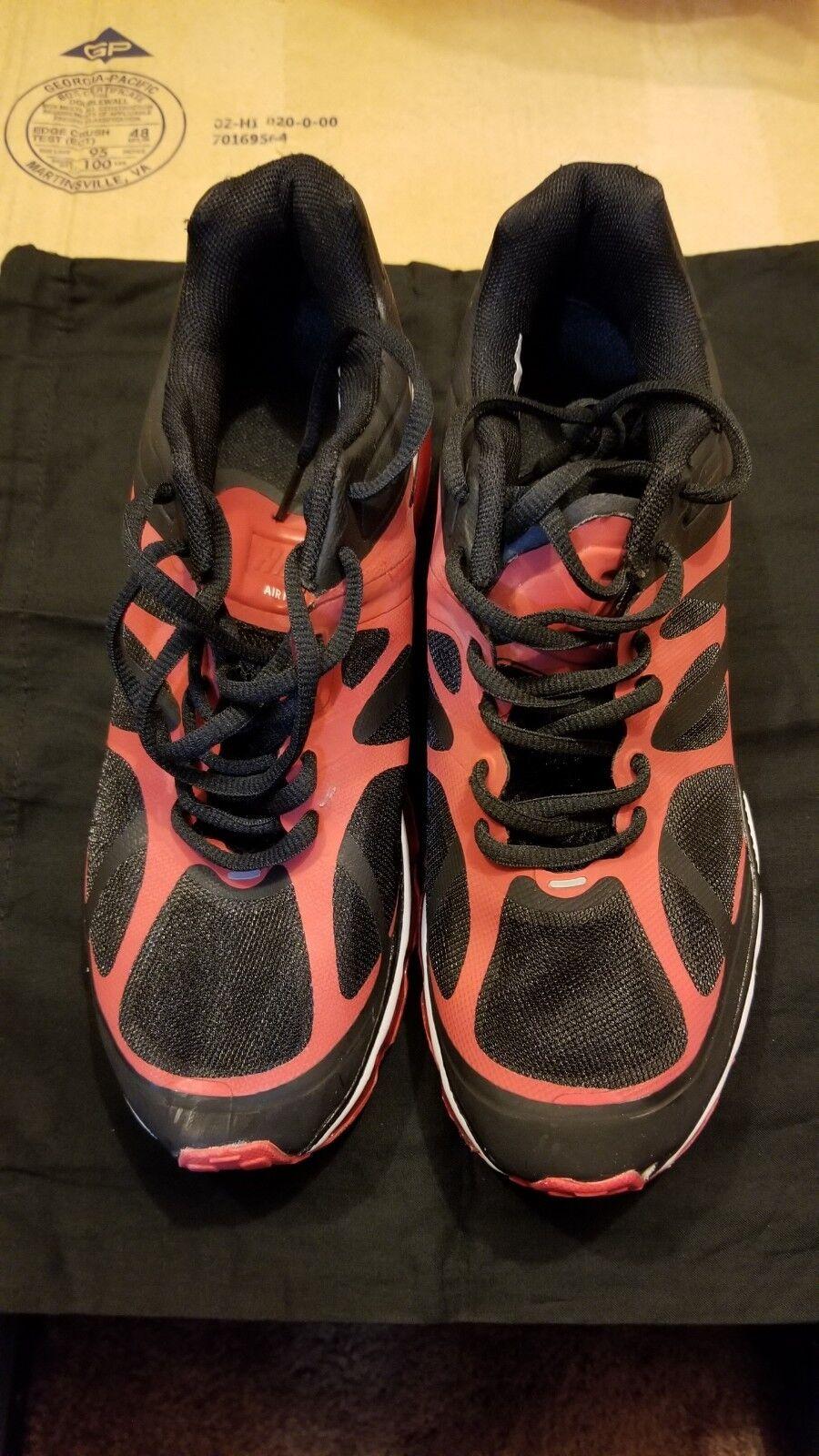 Nike air max 2011  dimensione rossa e nera 9  vendita all'ingrosso