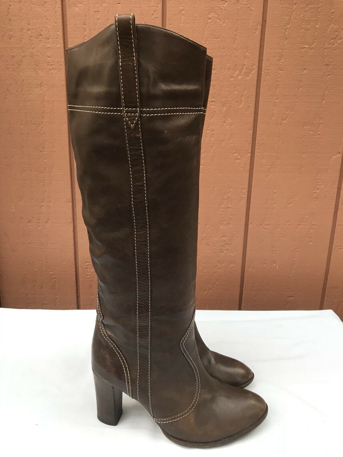 MARC JACOBS Luxe White US 9M Tall Brown Leather Boots White Luxe Topstitching A9 cc5ae6