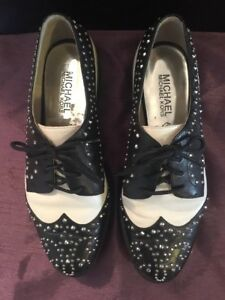 0c84ef5aec Michael Kors Womens Juniors Saddle Shoes Black   White Embellished ...