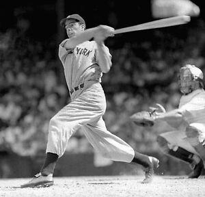 JOE-DIMAGGIO-1941-NY-NEW-YORK-YANKEES-MLB-BASEBALL-8X10-PHOTO-RARE