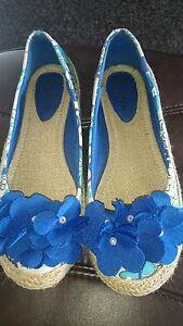 Canvas-women-039-s-espadrilles-in-blue-flowers-pattern-size-39