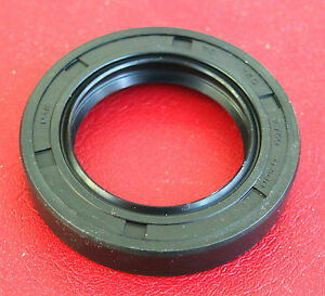 ROVER P4 DOUBLE LIP TYPE 217507 P5 DIFFERENTIAL PINION OIL SEAL