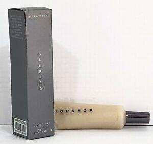 Topshop Foundation - texture transforming  SHINE ERASER - Ultra Matte In Blurred
