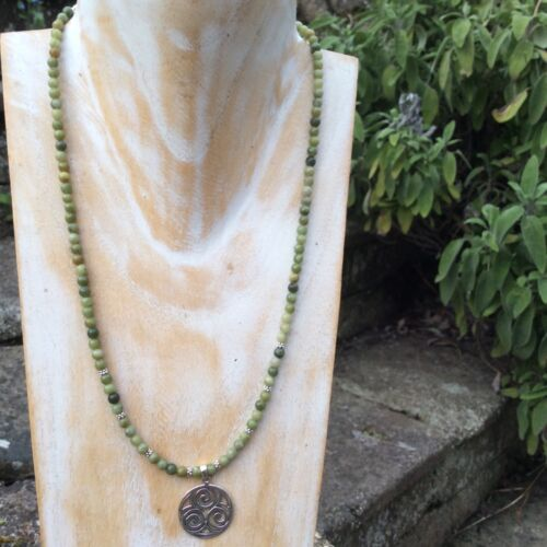 Irish traditional Details about  /Connemara marble celtic spiral Connemara marble necklace
