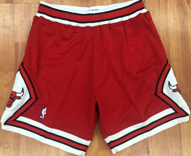 2dbdd7c2421f Authentic 1997 Chicago Bulls Mitchell   Ness NBA Men s Basketball Shorts Red