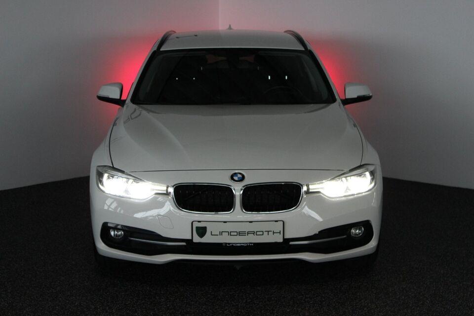 BMW 320d 2,0 Touring aut. Van Diesel aut. modelår 2016 Hvid