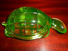 Green Vaseline glass Turtle firgurine uranium yellow sea glow canary paperweight