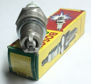 4x-Bosch-W6DTC-Zuendkerze-Super-0241240558-Spark-Plug-bougie-d-039-allumage-la-cande
