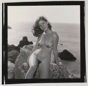 Original-vintage-1970s-Brenda-Bell-outdoor-nude-contact-print