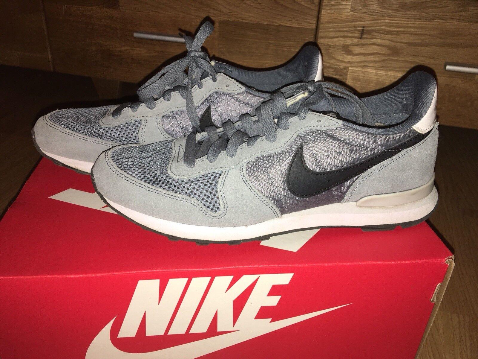 Nike Internationalist Turnschuhe Schuhe UK 6,5 Blau graphit schwarz
