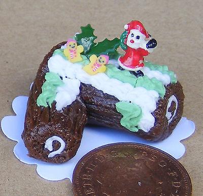 1:12 Scale Chocolate Christmas Cake Tumdee Dolls House Miniature Accessory H1