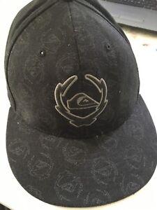 QUIKSILVER 210 FITTED by Flexfit Baseball Cap Hat Black 7 1 4 - 7 5 ... de0f2ac66a90