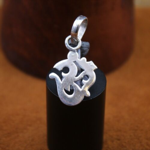 STERLING OM AUM Chant Ring Size 6-12 to 6-34 Vintage 925 Silver-Cut Out-Yoga-Buddha Buddhism-Religious Enlightenment-Hope For World Peace