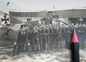 Foto-Militaer-Flieger-Schule-Koeslin-Flugzeugfuehrer-1915-Flugzeug-B-95-15-SELTEN