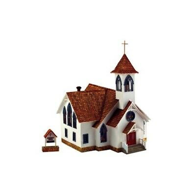 Classic White Stained Glass Woodland Scenics BR5041 HO-Scale Community Church