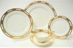 5-Piece-Place-Setting-AYNSLEY-EMPRESS-WHITE-Fine-Bone-China-White-w-Gold-Trim