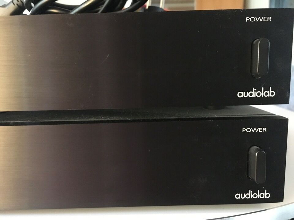 Effektforstærker, Audiolab, 8000M