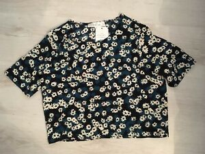 28-RRP-Oh-My-Love-London-JESS-Cropped-Top-size-small-uk-8-10-pretty-floral-blue
