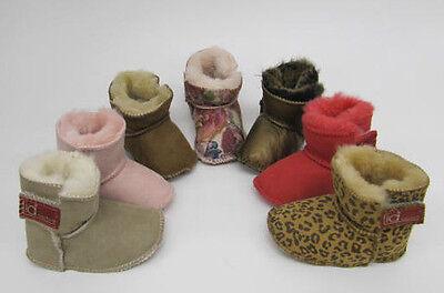 Bebé Niño Chicas de piel de oveja Zapatillas Botas lia Couture Rosa Snugg Zapatos De Diseñador