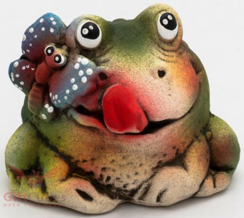 Clay Grog figurine Frog Toad with butterfly souvenir handmade hand-painted