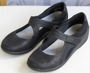 10-Clarks-Cloudsteppers-Sillian-Bella-Black-Textile-Mary-Jane-Flat-Shoe