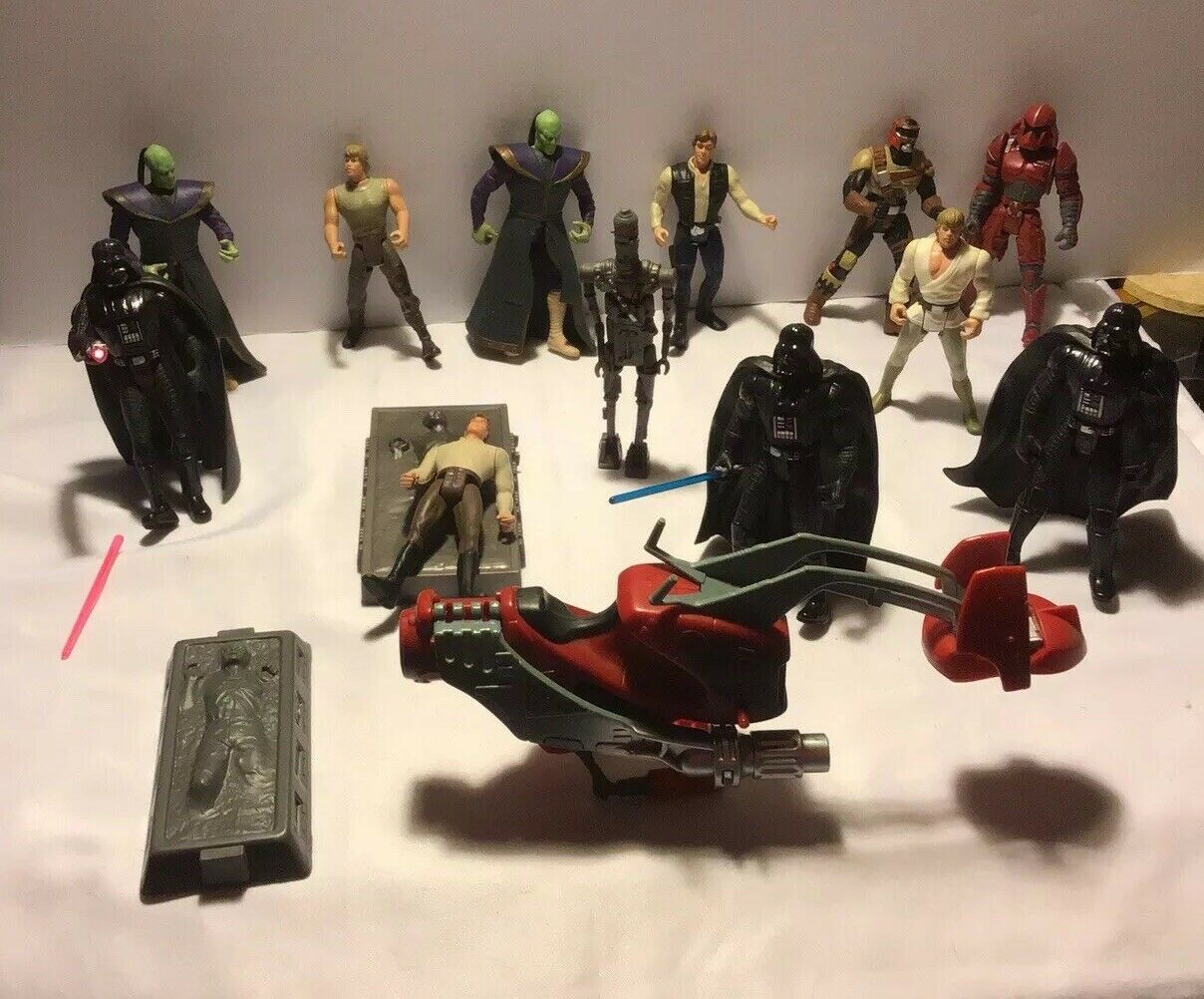 Lot of 12 Star Wars Action Figures And One Speeder Bike Kenner 1996
