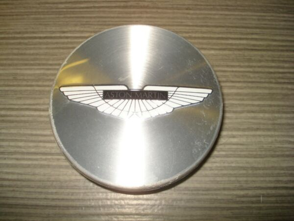 100% Kwaliteit Aston Martin Db7 Db9 V8 Vantage Vanquish Felgendeckel Nabenkappe Cd33-1a096-aa 2 Aangenaam Om Te Proeven