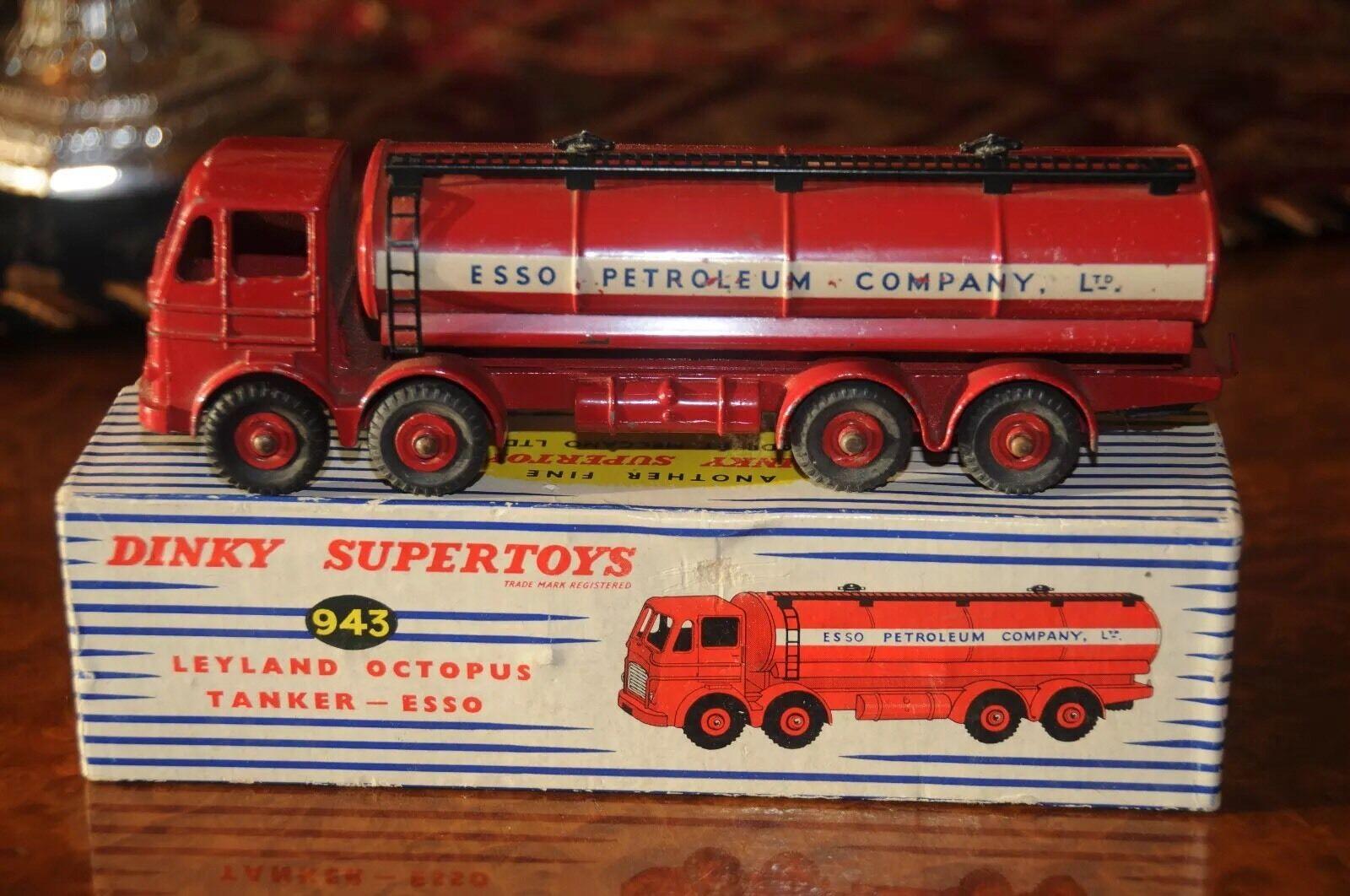 Vintage Dinky Supertoys   Super MIB   Leyland Octopus Esso Citerne   943 -1