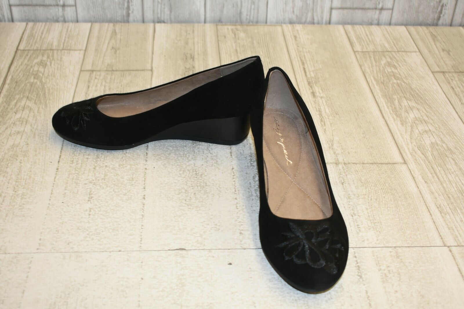 Easy Spirit Larcie Wedge Pump - Women's Size 7.5WW, Black